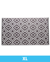 Extra Large Diamond Tile Outdoor Rug